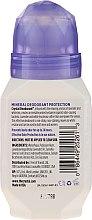 Golyós izzadásgátló levendula és fehér tea illattal - Crystal Essence Deodorant Roll-On — fotó N2