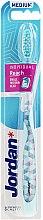 Parfüm, Parfüméria, kozmetikum Fogkefe medium, világoskék - Jordan Individual Reach Toothbrush