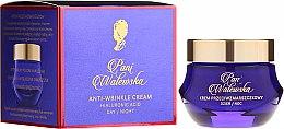 Parfüm, Parfüméria, kozmetikum Védő és regeneráló krém a ráncok ellen - Pani Walewska Classic Anti-Wrinkle Day And Night Cream