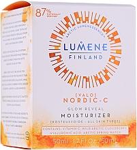 Parfüm, Parfüméria, kozmetikum Hidratáló nappali krém a ragyogó bőrért - Lumene Valo Glow Reveal