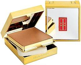 Parfüm, Parfüméria, kozmetikum Kompakt púder - Elizabeth Arden Flawless Finish Sponge-On Cream Makeup