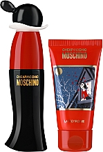 Parfüm, Parfüméria, kozmetikum Moschino Cheap and Chic - Szett (edt/30ml + b/lot/50ml)