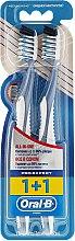Parfüm, Parfüméria, kozmetikum Fogkefe szett, 40 félkemény, kék + kék - Oral-B Pro-Expert CrossAction All in One