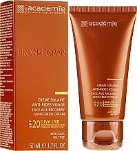 Parfüm, Parfüméria, kozmetikum Napvédő regeneráló krém SPF 20+ - Academie Bronzecran Face Age Recovery Sunscreen Cream
