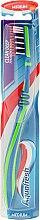 Parfüm, Parfüméria, kozmetikum Fogkefe közepes sörtével, zöld-kék - Aquafresh Clean Deep Medium
