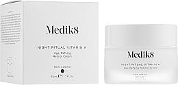 Parfüm, Parfüméria, kozmetikum Éjszakai ant-age krém retinollal - Medik8 Night Ritual Vitamin A