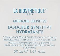Parfüm, Parfüméria, kozmetikum Regeneráló és hidratáló krém érzékeny és vízhiányos bőrre - La Biosthetique Douceur Sensitive Hydratante Cream