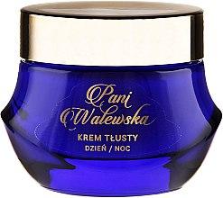 Parfüm, Parfüméria, kozmetikum Tápláló és regeneráló hatású krém - Pani Walewska Classic Rich Day and Night Cream
