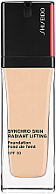 Parfüm, Parfüméria, kozmetikum Tartós alapozó - Shiseido Synchro Skin Radiant Lifting Foundation SPF 30