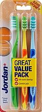 Parfüm, Parfüméria, kozmetikum Fogkefe közepes, zöld, narancssárga, világoskék - Jordan Advanced Medium Toothbrush
