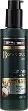 Parfüm, Parfüméria, kozmetikum Modellező krém göndör hajra - Tresemme Botanique Air Dry Curl Cream