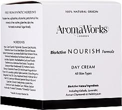Parfüm, Parfüméria, kozmetikum Tápláló nappali krém - AromaWorks Nourish Day Cream