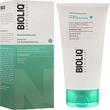 Parfüm, Parfüméria, kozmetikum Tisztító peeling gél arcra - Bioliq Specialist Exfoliating Face Gel
