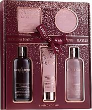 Parfüm, Parfüméria, kozmetikum Szett - Baylis & Harding Cranberry Martini Limited Edition Set (sh/gel/300ml + sh/cr/300ml + h/b/lot/130ml + soap/150g + b/butter/100ml)