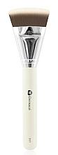 Parfüm, Parfüméria, kozmetikum Kontúrozó ecset - Dermacol Cosmetic Contour Brush D57
